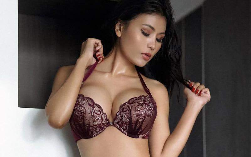 Asian Girlfriend Dating Online